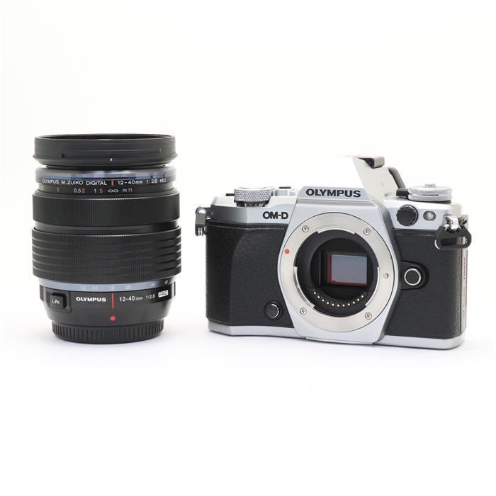 【あす楽】 【中古】 《美品》 OLYMPUS OM-D E-M5 Mark II 12-40mm F2.8 レンズキット シルバー [ デジタルカメラ ]