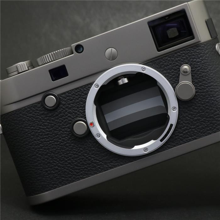 【あす楽】 【中古】 《美品》 Leica M-P(Typ240) チタン Leica Store Ginza 10th Anniv. 【希少品/ライカ銀座店限定50台生産】 [ デジタルカメラ ]