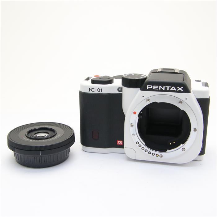 【あす楽】 【中古】 《美品》 PENTAX K-01 レンズキット ホワイト/ブラック [ デジタルカメラ ]