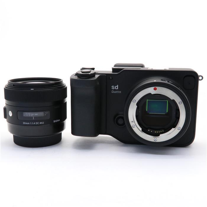 【代引き手数料無料!】 【あす楽】 【中古】 《美品》 SIGMA sd Quattro  A 30mm F1.4 DC HSM レンズキット [ デジタルカメラ ]