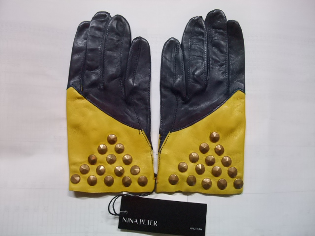 NINA PETER(ニナピーター)手袋(レザー・鋲)