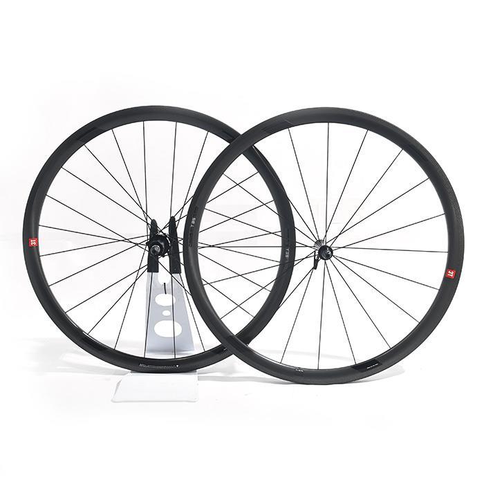 3T(スリーティー)ORBIS 2 LTD T35 STEALTH ステルス チューブラーホイールセット 【自転車】