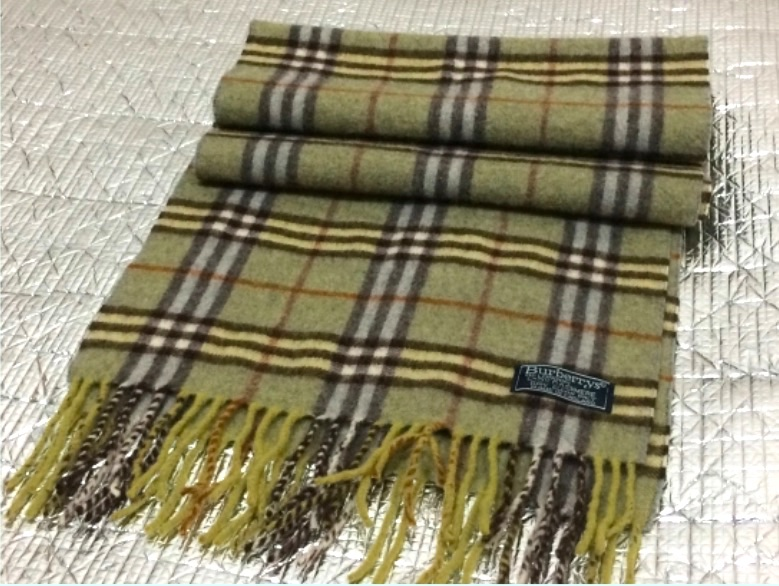 sports shoes 3883b 575be 164*30 centimeter of postage 500 yen Burberry London cashmere scarf used  BURBERRY LONDON green checked pattern lady's men's stall
