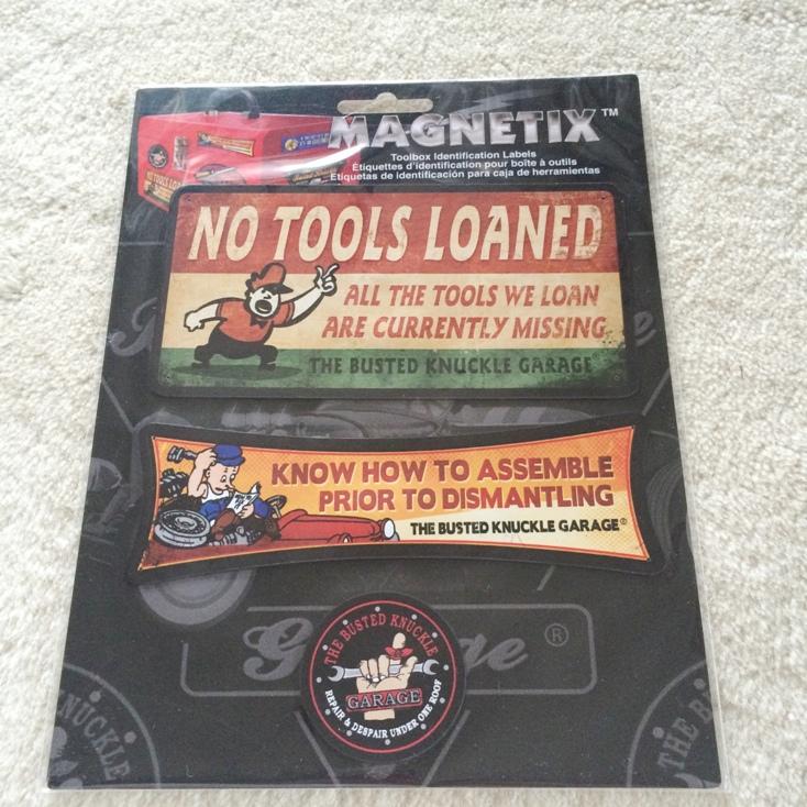 マグネット 工具取り扱い Busted Knuckle 99352 Magnet 新作 トラスト Garage
