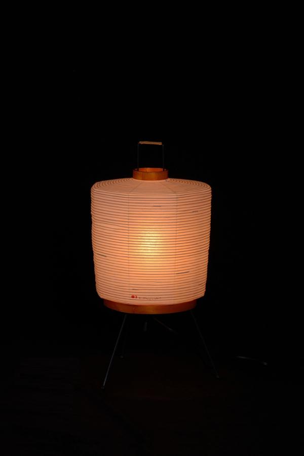 イサムノグチ akari イサム・ノグチ デザイナーズ照明 あかり アカリ ISAMU NOGUCHI 和紙照明 スタンドライト 2A / 初期モデル ※40W形相当 LED電球付(テーブルライト テーブルスタンド フロアーライト フロアスタンド 照明器具)