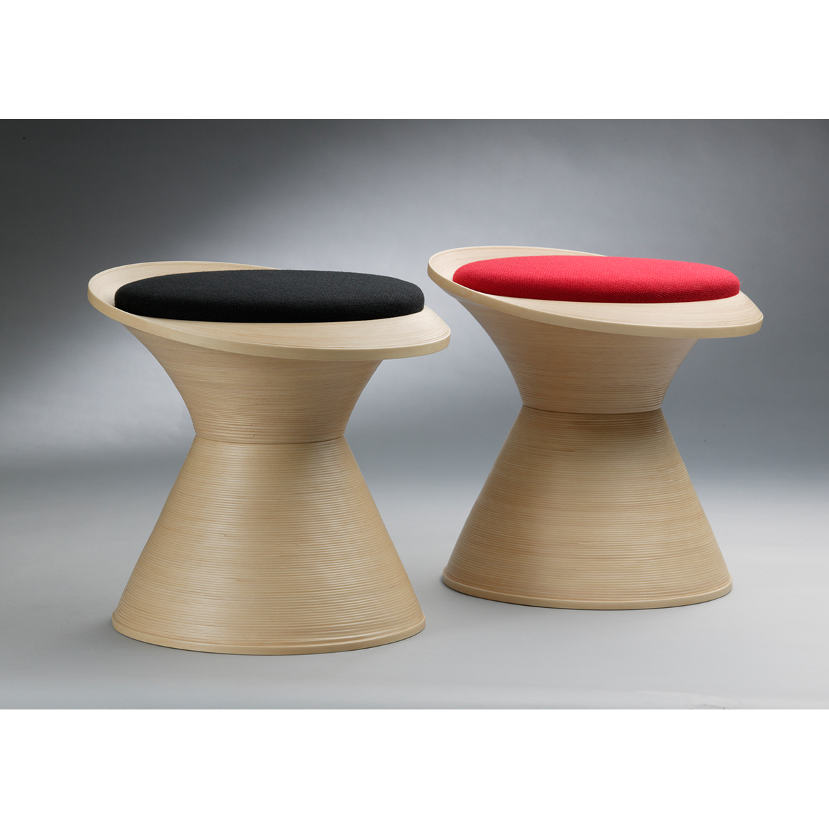 ブナコ INTERIOR GOODS STOOL IB-S758 Red /マルゲリータ