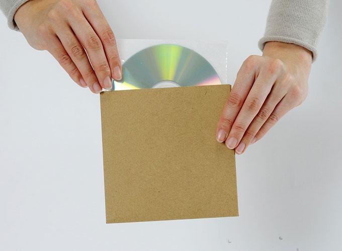 ショップ CD 紙ジャケット CDジャケット 紙製 収納ケース CDカバー 内袋 不織布 袋 CD-027 CDインナー 不織布ケース CD用 インナージャケット 再再販 クラフト茶 厚紙ジャケット マルゲリータ 100組セット