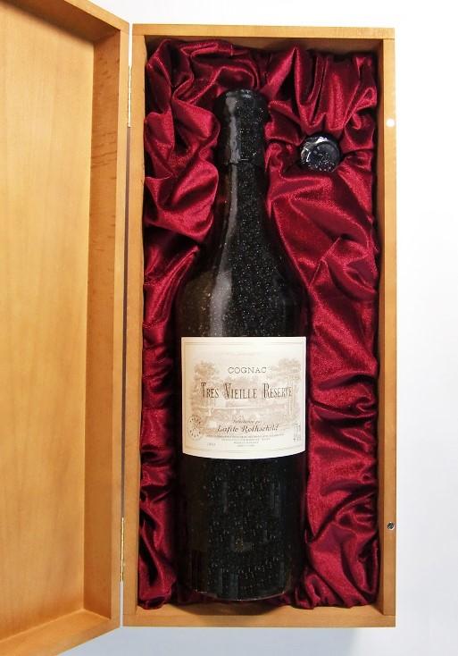 ラフィット・ロートシルト トレ・ヴィエーユ・レゼルヴ ラージボトルLafite Rothschild Tres Vieille Reserve Large Bottle