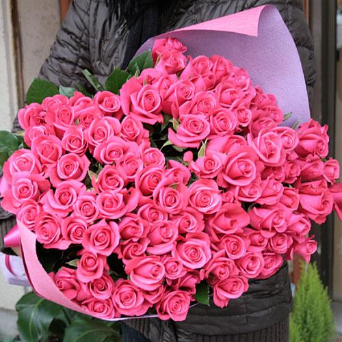 ローズピンクのバラの花束 100本 生花 バラの花束 華やかなピンク 送料無料 予約 誕生日祝い 結婚祝い 開店祝い 発表会 母の日 女性に人気