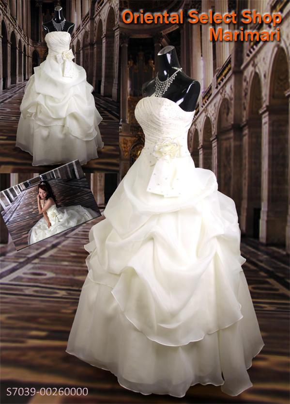 ビスチェタイプウェディングドレス結婚式 ブライダル 二次会 パーティー 披露宴右胸から左腰へタッキングビーズプリンセスラインベルラインパニエ付き