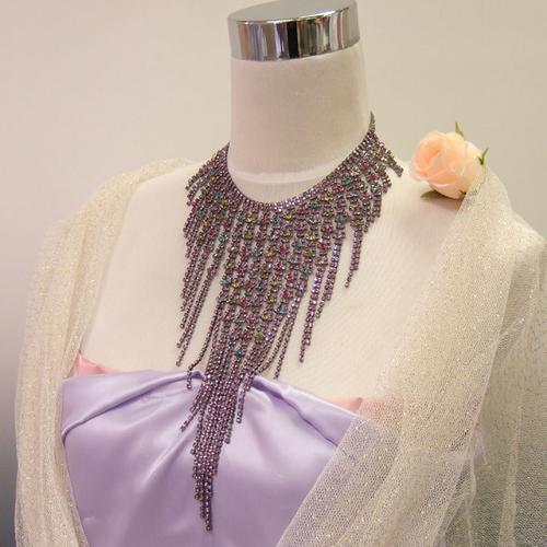 シャンデリアチョーカーピアスセット首に添う迫力ラインストーンキャスケードまさに着るアクセサリー