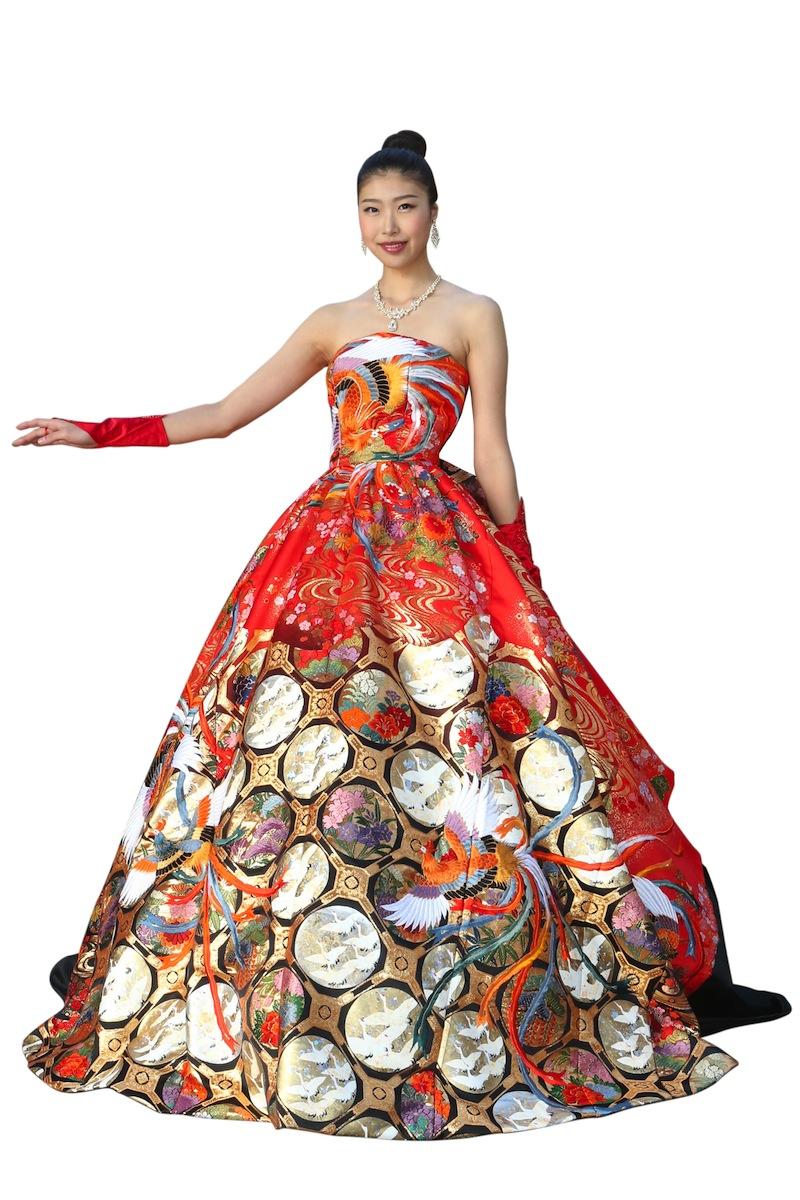 一点物の正絹打掛ブライダルドレス【日本製  着物リメイクドレス 和ドレス 着物 ドレス ウエディングドレス ブライダルドレス ウエディング お色直し カラードレス 結婚式 二次会 20代 30代 40代 打掛 正絹 絹 シルク 赤】