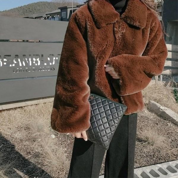ボアジャケット#10084;アウター モコモコがとっても可愛い襟付きファージャケット アウター ボアジャケット オルチャン ジャケット 襟付き モコモコ 中古 あったかい 秋 冬 長袖 ショート丈 可愛い 韓国ファッション L グレー もこもこ ブラウン ブラック XL S M ファージャケット 大幅にプライスダウン レディース ベージュ ピンク