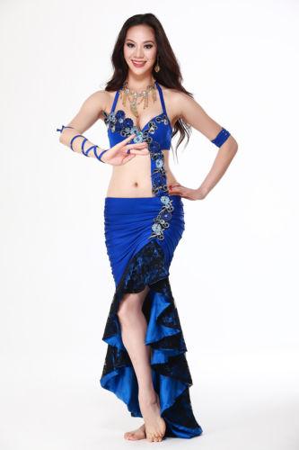 ベリーダンス 衣装 4 セット ブラ&スカート&アームバンド 32-34A/B 36A/B 38A/B 6 カラー コスチューム ダンス 衣装 発表会
