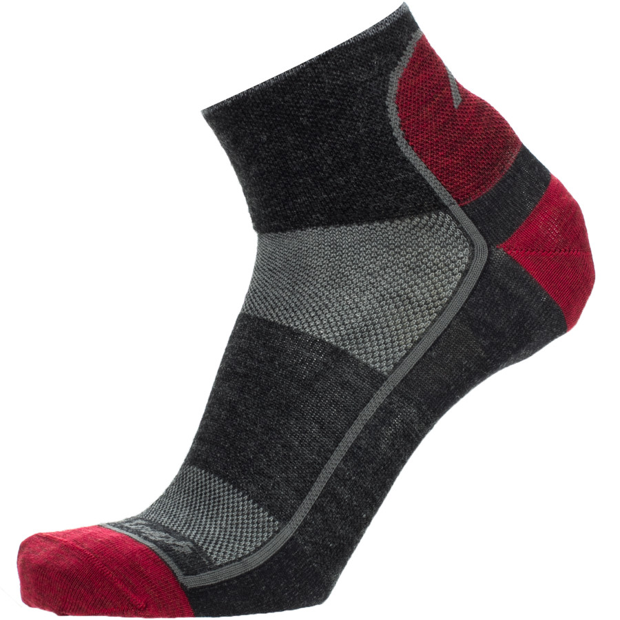 Darn Tough Merino Wool Mesh 1 4 Ultra-Light Running Sock Team Dtv アウトドア メンズ 男性用 ソックス 靴下 Socks