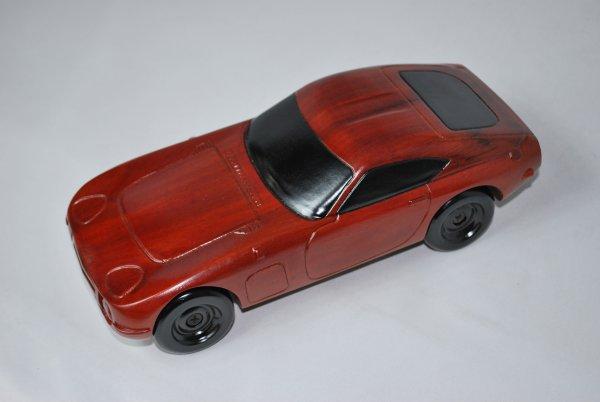 手作り木製模型 自動車 トヨタ 2000GT CAR-011 *模型*