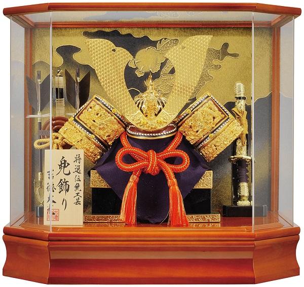 五月人形 おしゃれ 兜飾り吉徳大光 兜ケース入り送料無料 (※沖縄・九州・四国・北海道を除く)