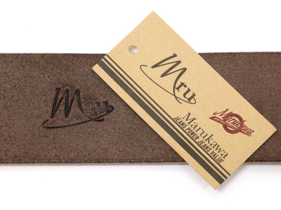 在使用日本栃木县制革有限公司制作的栃木县皮革皮带男皮