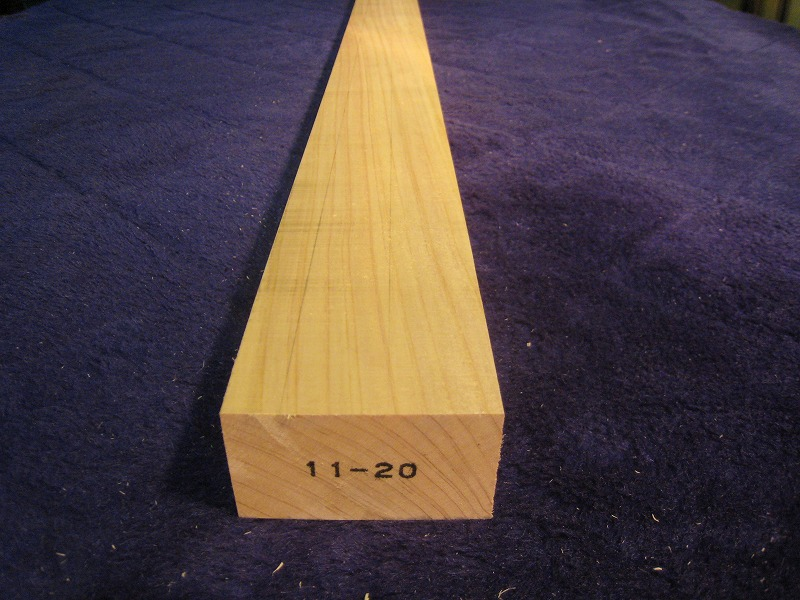 DIY木材 日本最大級の品揃え 工作材 日曜大工に 自然乾燥材です 超仕上げカンナでツルツルに仕上げています 表示寸法より 購入 0.0ミリ~0.3ミリ程度大きく仕上げています ひのき角材 ヒノキ 30ミリ×50ミリ×1800ミリ 節なし材 山本様 桧 特注品 檜
