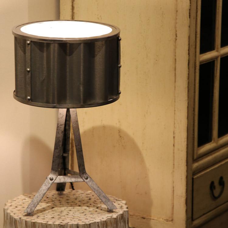 コルゲート テーブルランプ テーブルライト デスクライト アイアン[ ヴィンテージ インダストリアルデザイン ランプ 照明 ]【送料無料】【あす楽対応】【アウトレット】【在庫処分】【セール】