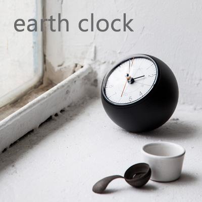 レムノス 球体のおしゃれな置き時計 earth clock(アースクロック) 置き時計 置時計 時計 テーブルクロック スイープムーブメント デザイン時計 プレゼント ギフト 贈り物 【送料無料】