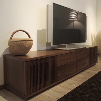 アルゴ テレビボード テレビ台 ウォールナット 格子 完成品※画像はW2000のサイズの価格です。サイズにより価格が変わります。ご注文後、当店より正しい金額をメールします。【送料無料】【国産家具】