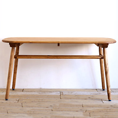 and g(アンジー)シリーズlogie ロジー140 ダイニングテーブル幅140 無垢 食卓テーブル 木製 北欧【送料無料】