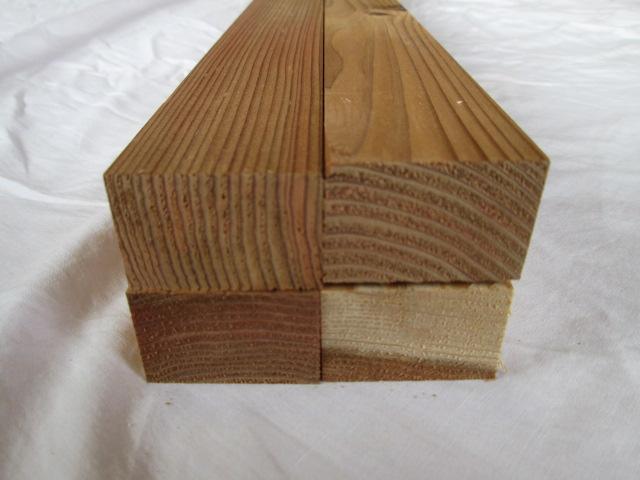 DIY 日曜大工 園芸用品 ガーデニングにいかがですか 杉 長さ1.95m 厚み3cm 日本最大級の品揃え 幅4.5cm4面自動カンナ仕上げ済み 10本入り 送料無料 クリアランスsale 期間限定 角材 節有り 国産 木材 無垢材杉 カット無料