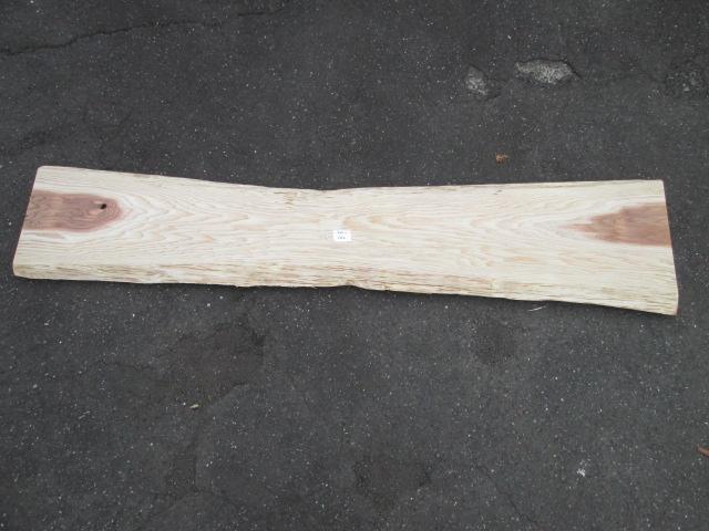 【木材】【板】【送料無料】【カット無料】一枚板 国産材 杉無垢板テーブル コーヒーテーブル座卓 棚などの天板に最適です!長205cm 厚3cm 左幅37.5cm 中幅33cm 右幅46.5cmミミ約4~8cm別途有料サンダー仕上