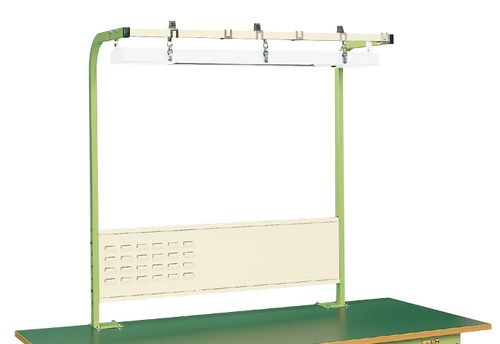 【送料無料】【メーカー取寄品(代引き決済時、要問合せ)】サカエ ワークライト(LEDライト)付フリーハンガー(品番:SL-1500)『050129』作業台