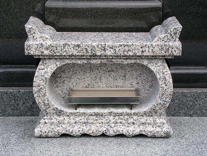 お墓 香炉 経机香炉 白御影石(G623) みかげいし ステンレス線香皿付き