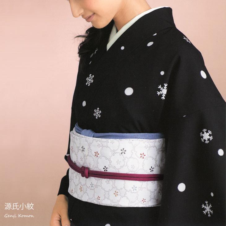 ウール 着物 羽織 反物 源氏小紋 手染めウール小紋 黒に雪と雪の結晶 みゆき28【送料無料】
