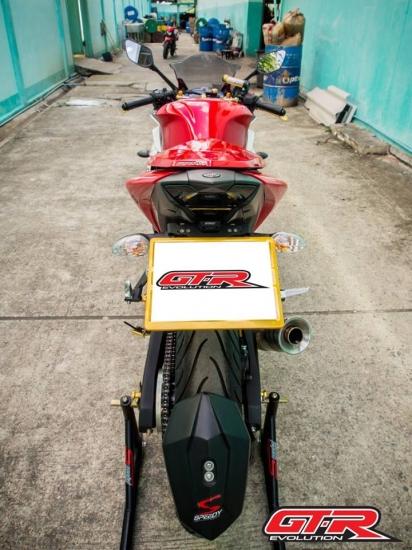 バイクカスタムパーツ取り寄せ品 送料無料 ヤマハ 直営ストア 誕生日/お祝い YZF-R3 フェンダーレスキット 4202116365070 SPEEDY