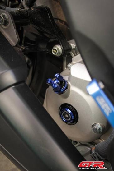 バイクカスタムパーツ取り寄せ品 初回限定 送料無料 国内在庫あり 5%OFF ヤマハ XMAX クランクケース 5色 GTR プラグ 101111