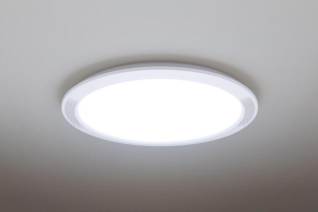 パナソニック 12畳用LEDシーリングライトHH-XCF1201A