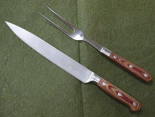 送料無料 バーベキューパティーで大きなお肉を切り分けるのに最適 カービングナイフ カービングフォークセットステーキナイフ 使い勝手の良い フォーク 入荷予定 ステーキフォークバーベキュー用ナイフ