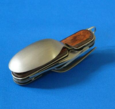 SAM(薩姆)CAMPING KNIFE搭擋4德鈦製造木材(小刀·匙子·叉子、罐頭起子/開瓶器)日本製造
