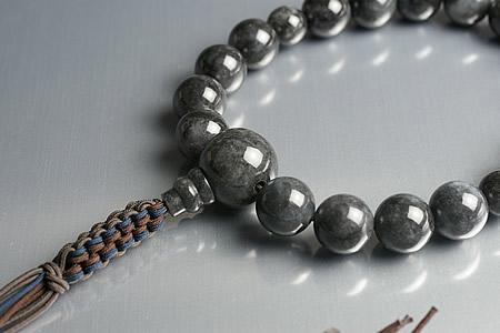 【数珠・念珠】最高級天然石念珠 16mm黒ヒスイ数珠