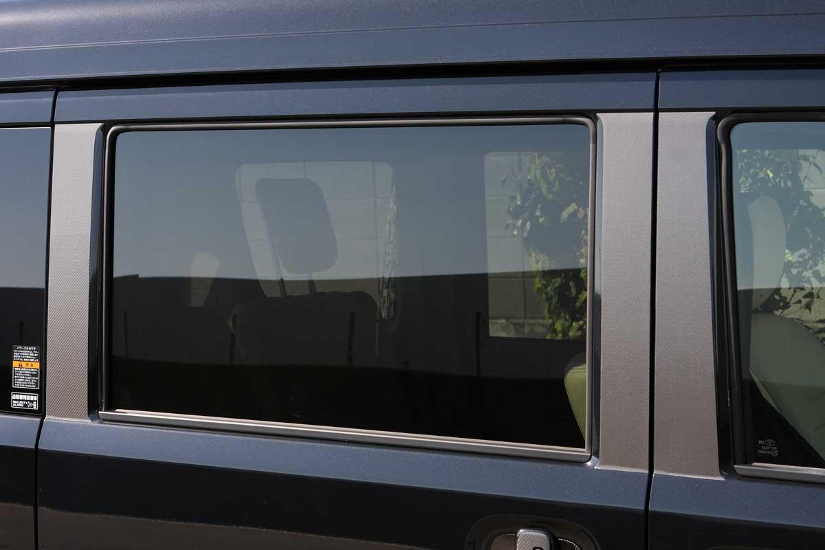 エブリィ DA17W DA17V マジカルカーボン ドア ピラー ガーニッシュ