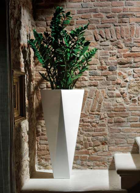 イタリア製デザイナーズプランター ダイアモンド72 ラッカーカラー(光沢仕上げ) (幅26cm 高さ72cm) プラスト・コレクション Diamond EP-6213-L Plust Collection MADE IN ITALY