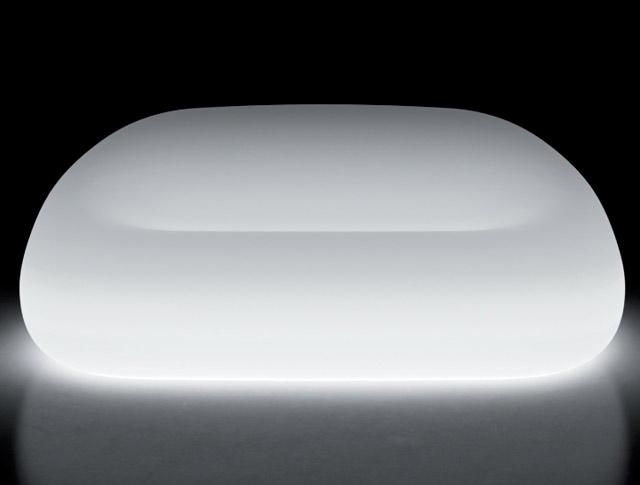公共の場や商業施設に馴染む2人掛けソファ イタリア製デザイナーズファニチャー ガムボール・ソファ ライト付き (高さ66cm 幅約165cm) ユーロ3 プラストコレクション EP-6263L Plust Collection Gumball Sofa Light オブジェ チェア