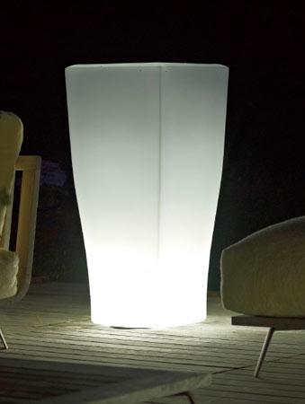 ライト付きプランター クアドラム (高さ100cm) ユーロ・スリープラスト ER-2420L 【屋外仕様】 照明 Euro 3 Plast Quadrum Light イルミネーション イタリア製 MADE IN ITALY