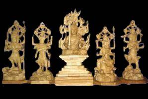 【木彫り彫刻・仏像】 五大明王 楠