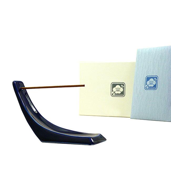 有名デザイナー ken okuyama 氏のデザインのお香立てです 評価 かっこいいデザインが人気です 沈香のお香付きです お香立て ※沈香のお香と有田焼香立てセットken 製お香立て 有田焼 ランキングTOP5 沈香のお香付き NAMI okuyamaデザイン 高級お香立て