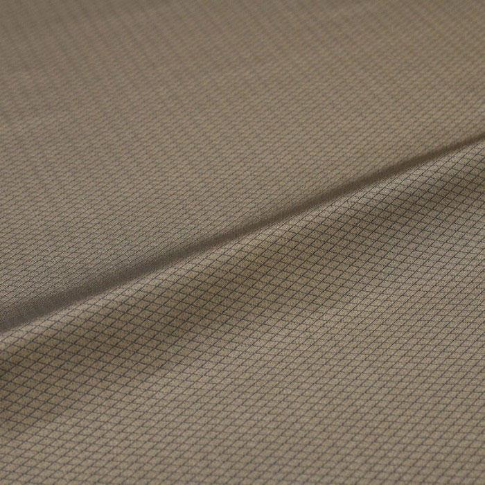 非常に細かな菱が一面に配された生地です 菱 ベージュ 西陣織 緞子 表具地 正絹 驚きの価格が実現 シルク化繊混紡 別倉庫からの配送 シルク 巾60cm 和生地 カバー 長さ10cm単位 カットクロス 端切れ 和柄生地 和風生地 はぎれ 和布