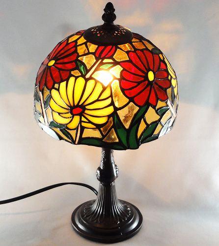 ステンドグラスランプ 8244【送料無料】スタンドライト ランプ 卓上ランプ テーブルランプ アンティークランプ 照明プレゼント ギフト 贈リ物 祝 お祝い 記念品