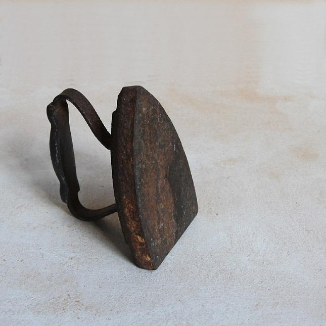 アイロン型の鉄製ブックエンド 【アメリカンアンティーク】【中古】