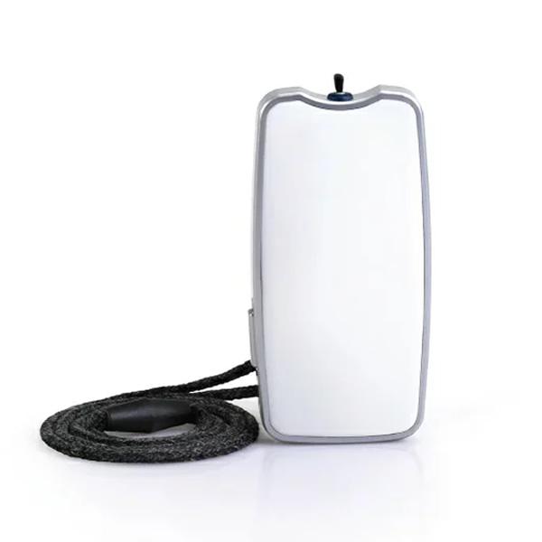 小型空気清浄機 ピュアサプライ PS2WT PURE SUPPLY 【ピュアサプライ】 イオン空気清浄機 首にかけられる携帯空気清浄機 エアサプライ 携帯用空気清浄機携帯型マイナスイオン空気清浄機 PS1WT の姉妹品です