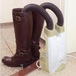 200円クーポン シューズドライヤー おすすめ 人気シューズ乾燥機 靴 返品不可 乾燥 CH3800 ホワイト 白 白色 《クーポン配布中》 くつ乾燥機 靴乾燥器 スニーカー いつも足元を清潔に 靴乾燥機 ブーツ クマザキエイム CH-3800 オゾン抗菌機能付き 抗菌 長靴 新品 ふ 革靴