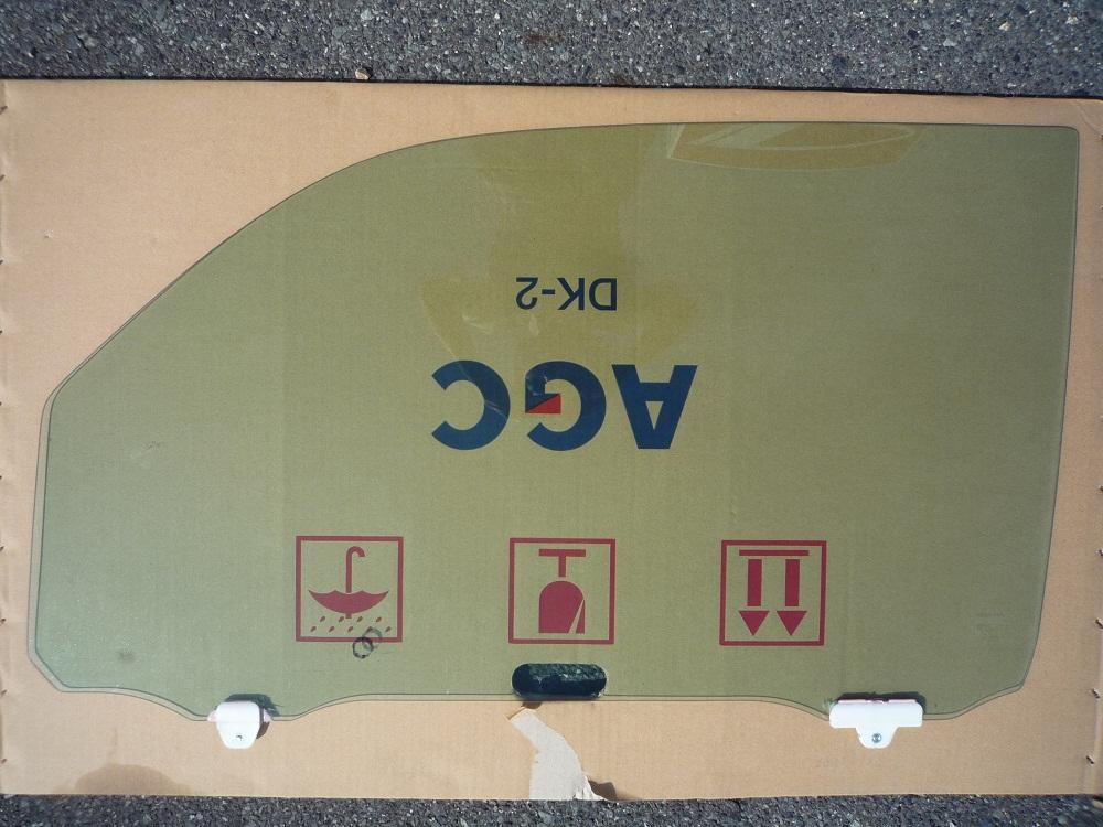 【中古】 ホンダ ステップワゴンフロントドアウィンドウガラス 左  (E24)